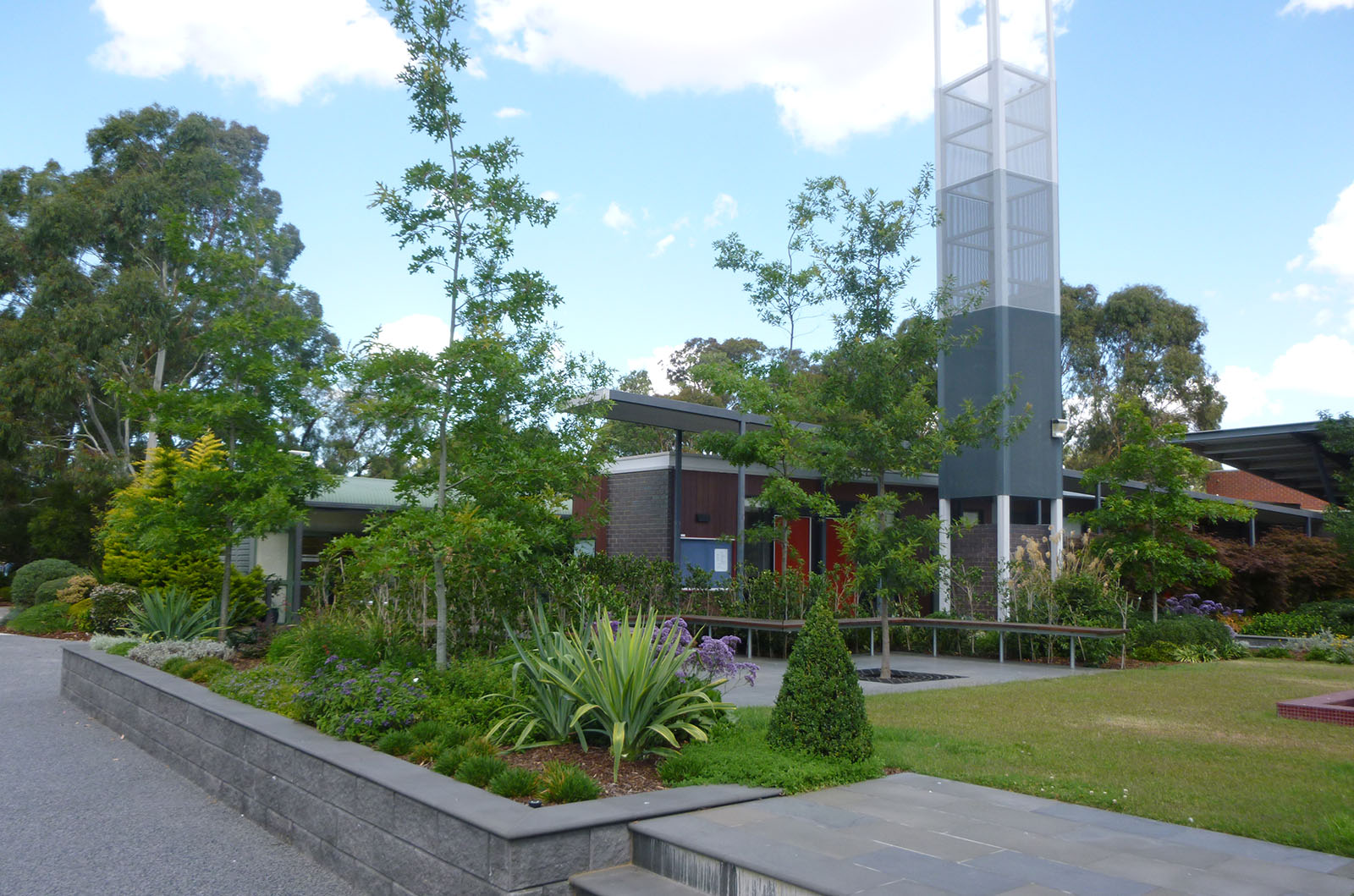 IGS_Library_0006s_0010_Ivanhoe Library 3