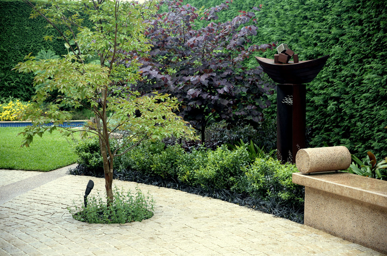 Sculptured Garden_0005s_0012_Hughes 1
